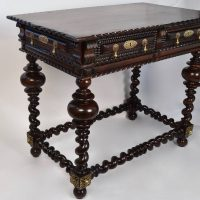 18th century Portuguese table