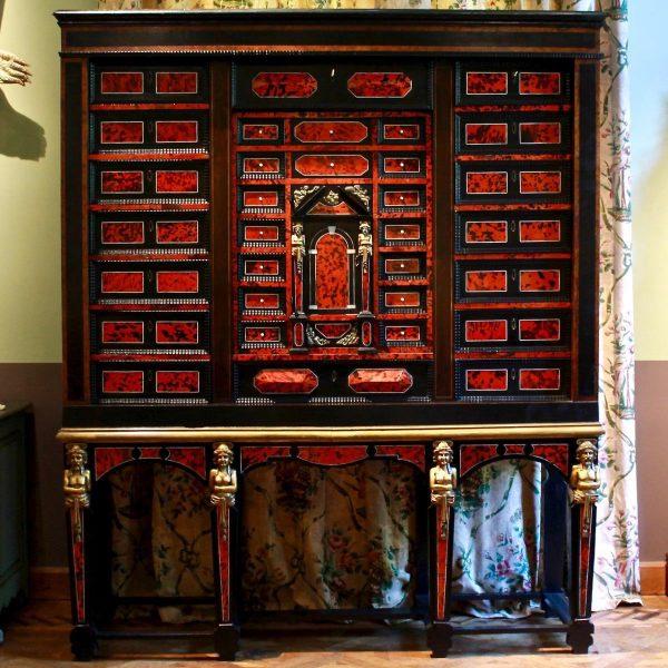 19th century impressive cabinet
