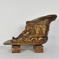 17th century Parade sedan chair in carved wood, gilded and painted