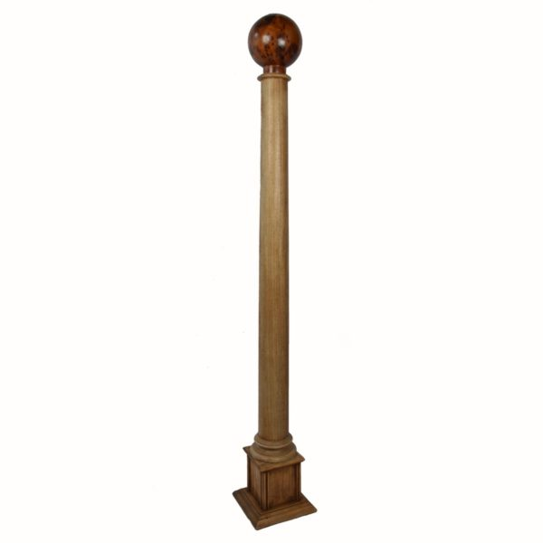 tall-wooden-column-thuya-top1
