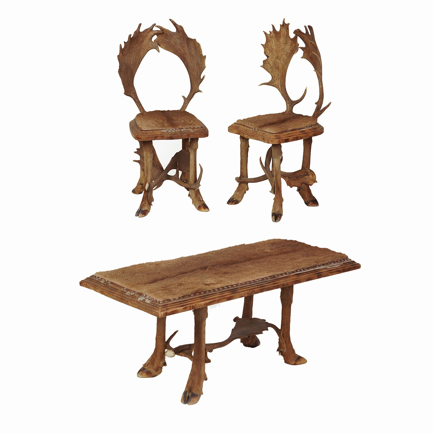 Antler Set: Coffee Table With 2 Chairs